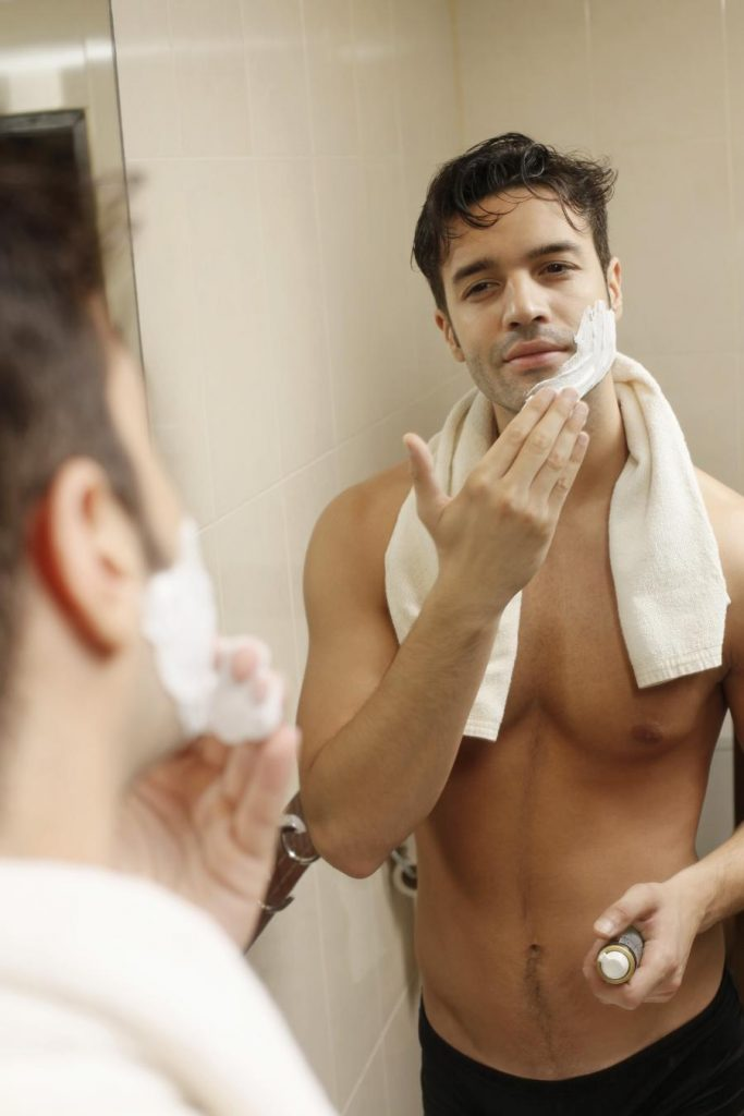 Seven Reasons Your Neck Is Red After Shaving & How To Prevent It 4