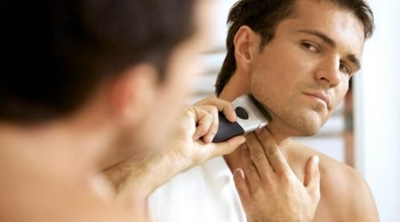 How to Shave With a Rotary Electric Razor: Complete Guide