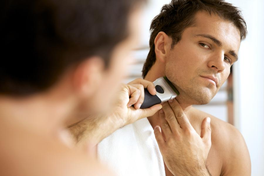 How to Shave With a Rotary Electric Razor: Complete Guide 2