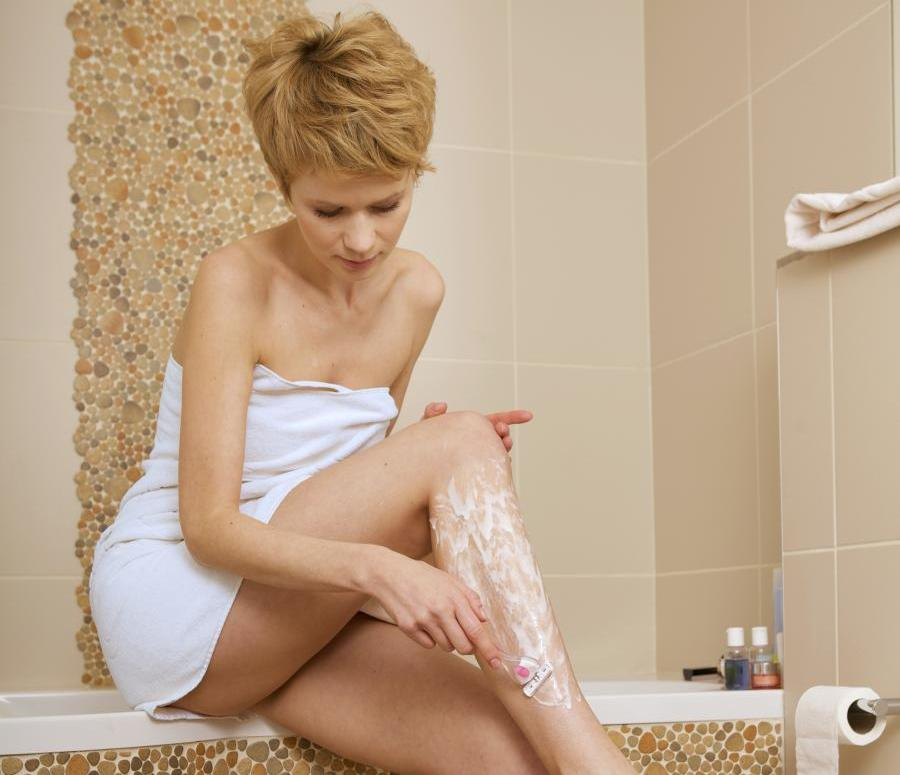 What's The Difference Between Shaving And Waxing? 3