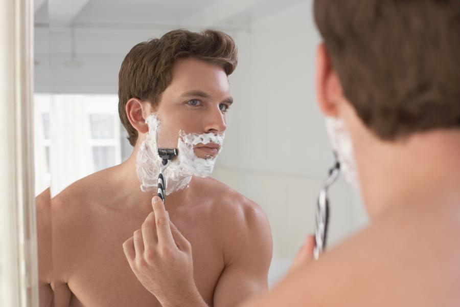 My skin is red after shaving: 25 tips what you can do... 1