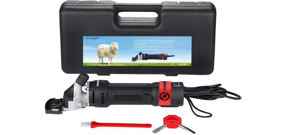 How To Shear A Sheep With Electric Shears 6